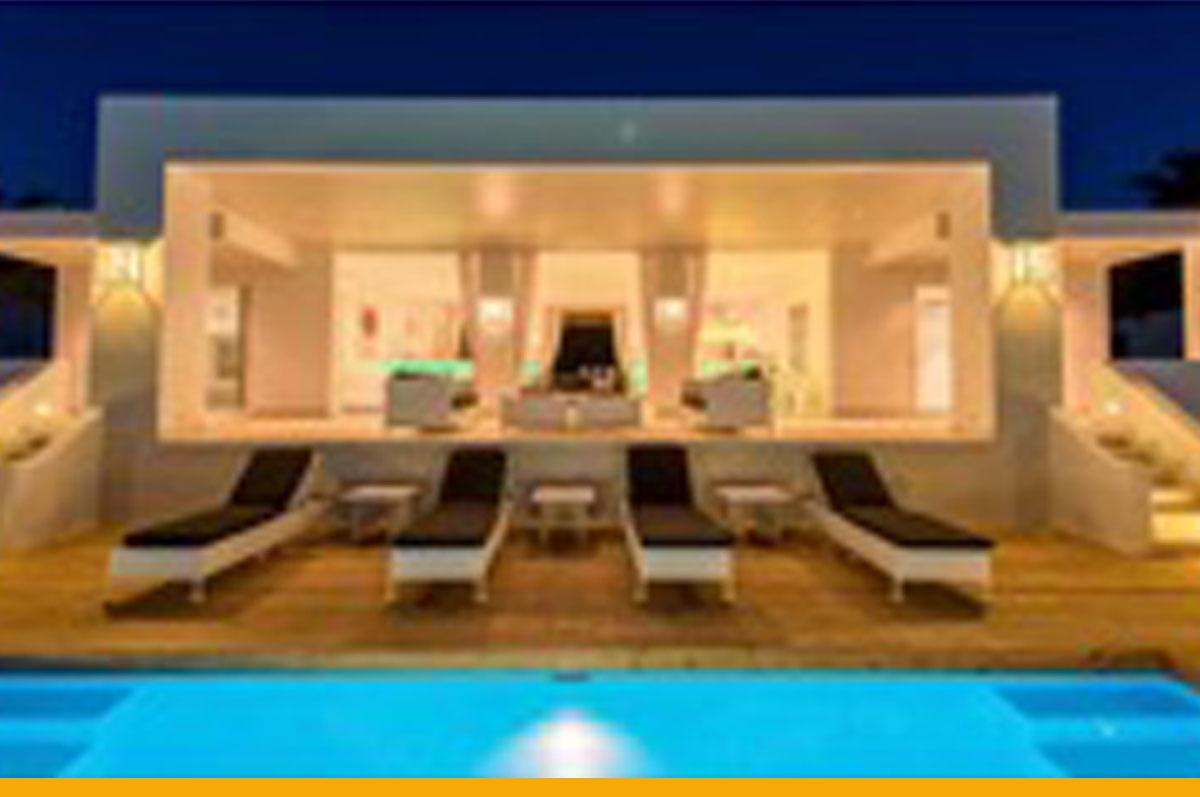 Dynamisch En Levendig Aanbod Van Villa's Op Coral Estate Curaçao